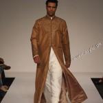 Designer Lomar Thobe's Collection in Dubai Fashion Week 2011