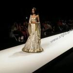 Model Mehreen Syed For LA CHANTAL by SABA in Dubai Fashion Week