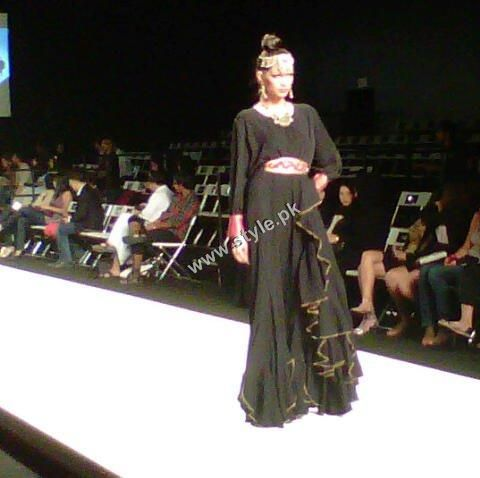 hijab scarves fashion shows