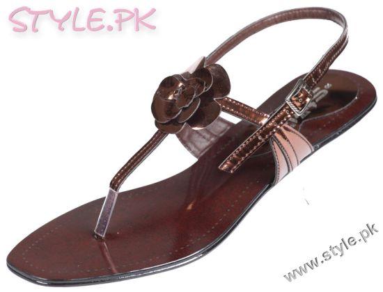 Model Summer Footwear Fashion For Women 2015 In Pakistan