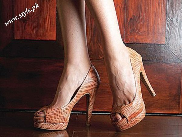 isma meer khalpey s summer shoes collection 2011 for