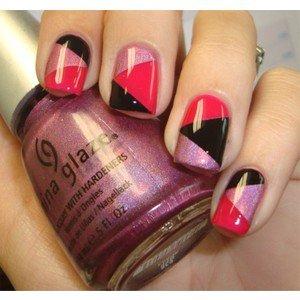 Nail polish designs black light and dark pink nail polish design