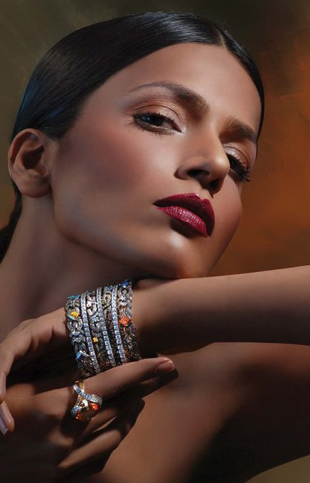 gold bangals for girls 2011 by Hanif jewellers