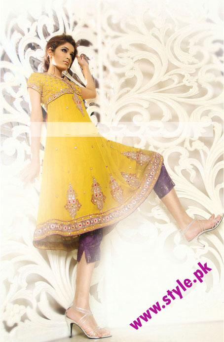 pakistani mehndi dresses for girls 2012