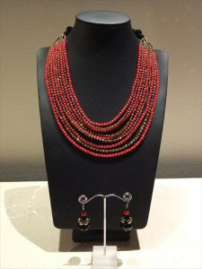 Coral and Swarovskis Necklace 011 225x300