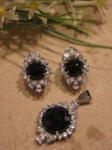 Stone studded Jewellery 005 225x300