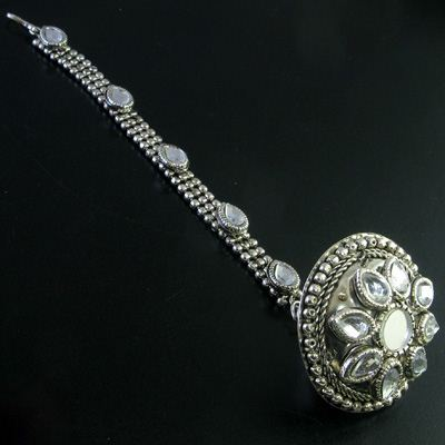 silver tikka jewellery