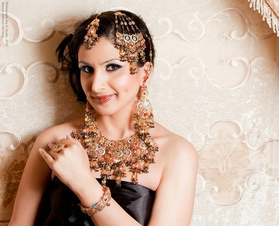 Bridal Jewellery Sets by Maira Khurram 005