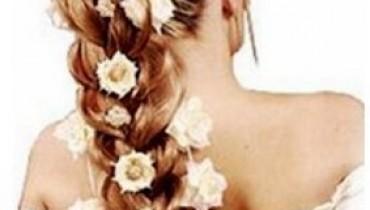 Flowery-Hair-Styles-2011-1(style.pk)