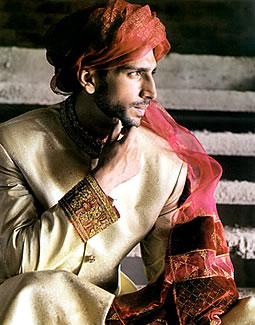 Junaid Jamsheds Sherwani Style 2011 1style.pk
