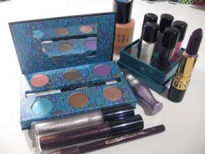 Revlon Makeup revolution 2011 2style.pk  300x225
