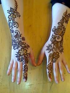 latest mehndi design for hands
