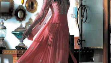 Latest Party Wear for girls by Milli Madiha style.pk 001