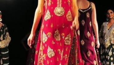 Latest-Wedding-dresses-For-Girls-2011-2012-11 style.pk