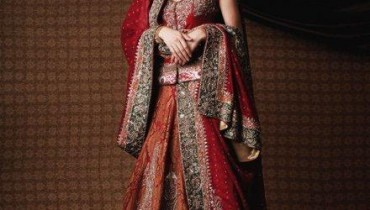 Lehenga collection for brides 2011 001  style.pk