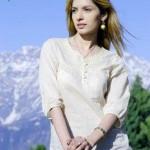 Saeeda-Imtiaz-In-Movie-Kaptaan-1 style.pk