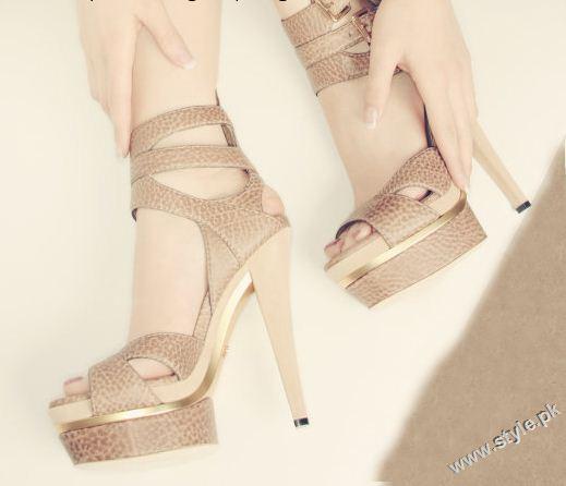 Stunning Strappy Heels Sandal for Girls 2011 2012 style.pk 008