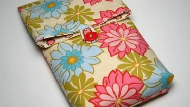 Stylish mobile pouches for girls 2011 001 style.pk