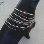Trend-Of-Wearing-Anklets-2011-10 style.pk
