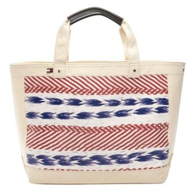 American_in_Paris_Handbags_2011_4