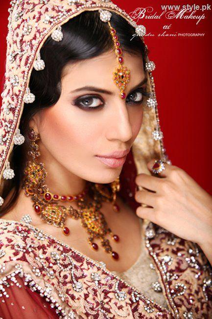 Bridal Makeup Photography : Bridal make up and photography by guddu shani www.style.pk ...