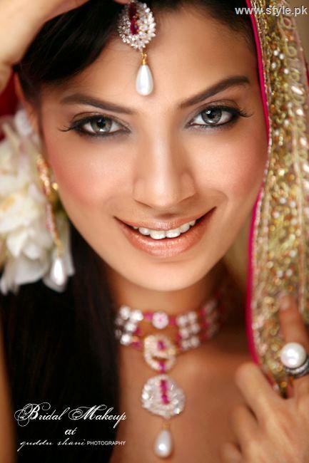 Bridal Makeup Photography : Bridal make up and photography by guddu shani Style.Pk
