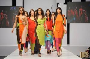 kamiar rokni's collection at sunsilk fashion week (6)