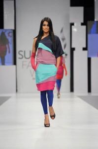 kamiar rokni's collection at sunsilk fashion week (5)