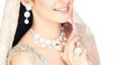 Glamorous Bridal Make Over By Amina Z. Salon-5