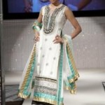 Latest-Bridal-Dresses-By-Waseem-Noor-At-PFW-UK-2011-2 style.pk
