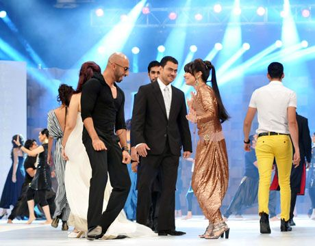 Reema performance in Lux Style Awards 2011_06