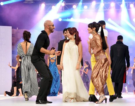 Reema performance in Lux Style Awards 2011_05