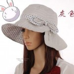 Latest Trend Of Women Winter Caps and Hats 2012 14