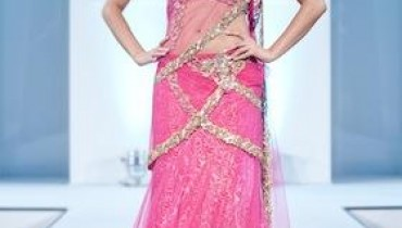 Silons Collection At International Asian Fashion Awards 2011-002