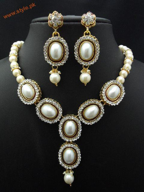Latest Necklace Sets Collection By Deeya Jewelery 2012 003