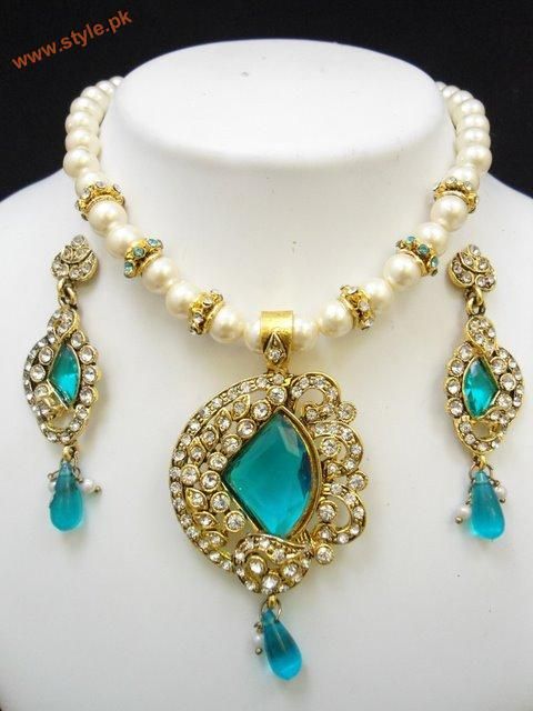Latest Party Necklace Sets By Deeya Jeweleries Accessories 2012 005