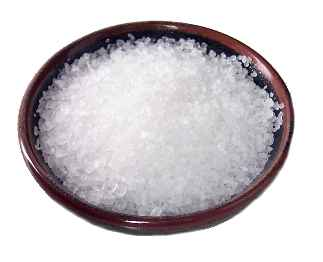 home-Made-Tips-To-Get-Rid-Of-White-Hairs-salt