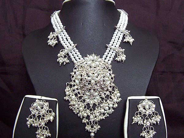 Perfect Bridal Jewelry (1)
