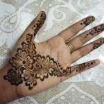Latest Fashion Mehndi Designs For Women 2012 15