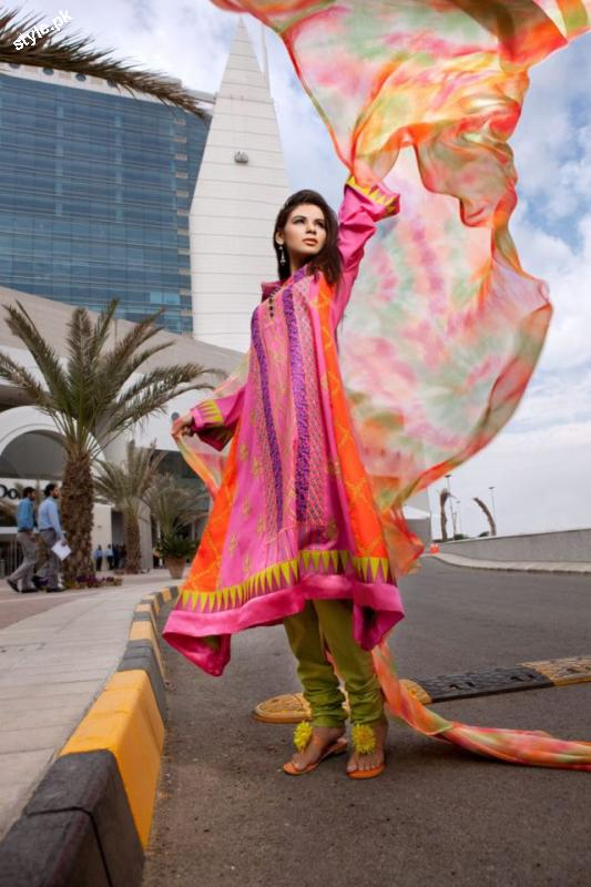 Threads and Motifs Latest Spring Summer Collection 2012 7