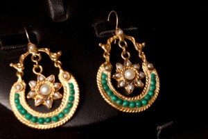 latest traditional jewellery designs by farah ali (2)