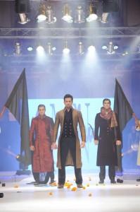 wedding wear for men 2012 by munib nawaz (3)