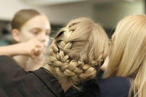 The Braided Bun hair styles_06
