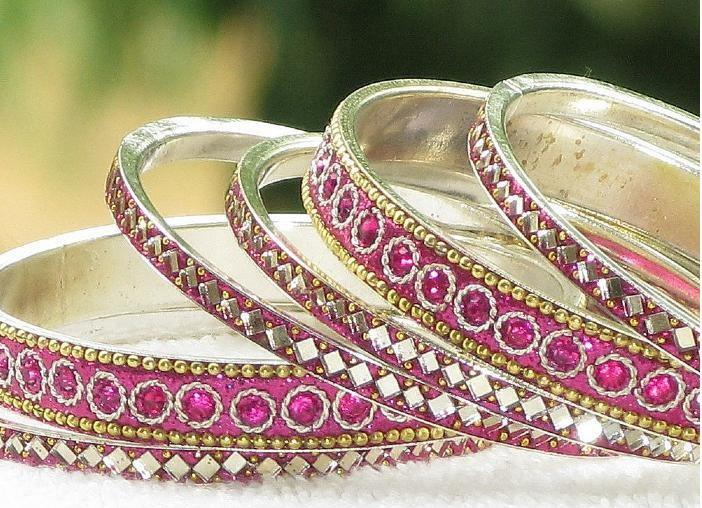 Latest Fashion Bangles Design for Year 2012 4 - latest Bangles