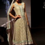 Sana Abbas Bridal Wear At Sharjah Bridal Show 2012-008