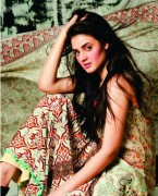 Subhata Designers Lawn For Girls 2012 by Shariq Textiles 14