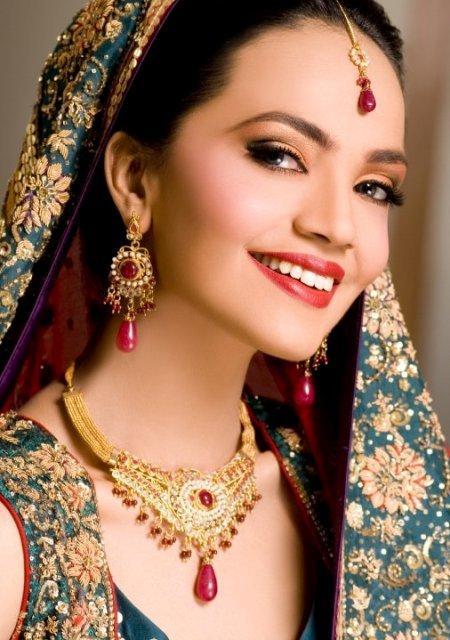 Amina Sheikh Bridal Makeover Shoot_002