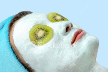 Homemade Kiwi and Yogurt Facial_01