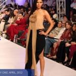 Ayesha F Hashwani At Fashion Pakistan Week 2012, Day 1-004