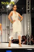 HSY Dresses At PFDC Sunsilk Fashion Week 2012, Day 4-006